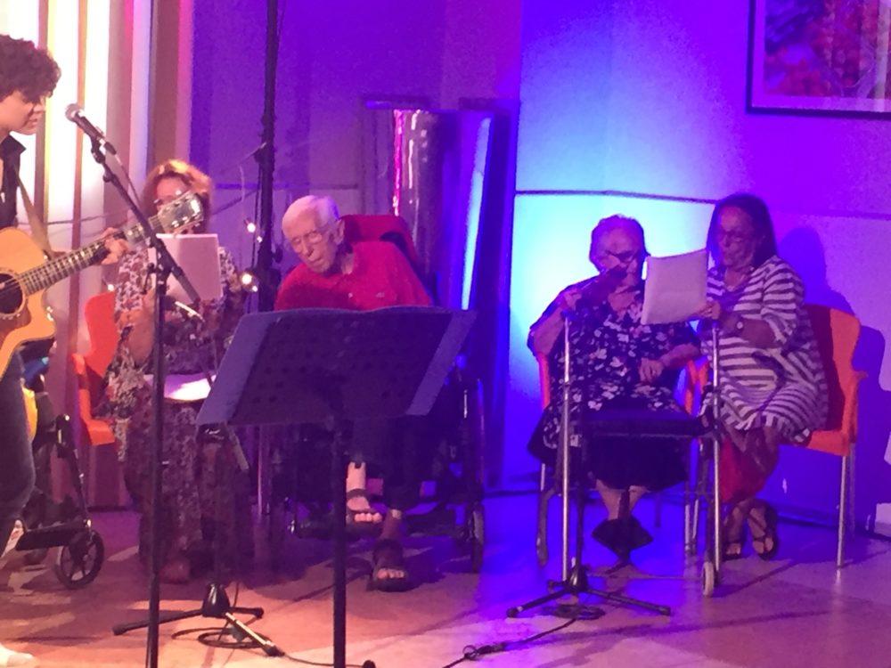atelier musical à la maison de retraite sainte Victoire